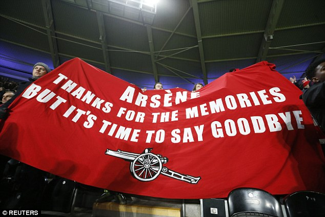 Some Arsenal fans unfurled a negative banner directed towards Wenger against Hull last week