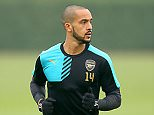 Arsenal's Theo Walcott during the training session at London Colney, Hertfordshire. PRESS ASSOCIATION Photo. Picture date: Tuesday March 15, 2016. See PA story SOCCER Arsenal. Photo credit should read: Adam Davy/PA Wire