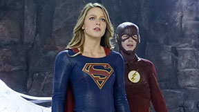 The Flash Teams Up With Supergirl