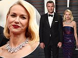 BEVERLY HILLS, CA - FEBRUARY 28:  Actors Liev Schreiber (L) and Naomi Watts arrive at the 2016 Vanity Fair Oscar Party Hosted By Graydon Carter at Wallis Annenberg Center for the Performing Arts on February 28, 2016 in Beverly Hills, California.  (Photo by Axelle/Bauer-Griffin/FilmMagic)