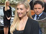 Pics Paul Cousans/Zenpix Ltd\nCorrie.\nCorrie funeral and Jason Grimshaw(Ryan Thomas) buries his dad Tony\nEva(Cath Tyldesley)