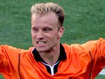 Dennis Bergkamp of the Netherlands celebrates his winning goal aganist Argentina in a quarter final World Cup match July 4.  The Netherlands won the match 2-1 and advance to the semi final.     ts/Photo by Jean-Paul Pelissier  REUTERS...S...SOC SPO