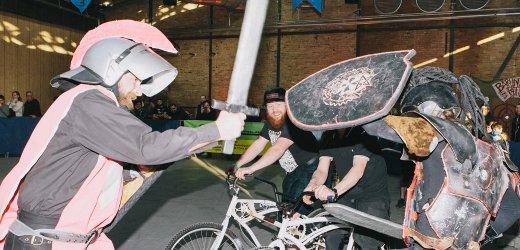 """bento über Fahrrad-Duelle: """"Man nimmt eine Lanze und bügelt den anderen vom Rad"""""""