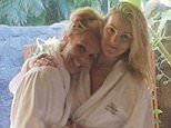 britneyspearsBest spa day with the best little sister ??