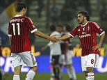 PARMA, ITALY - MARCH 17:  Zlatan Ibrahimovic (L) and Gennaro Gattuso (R) of AC Milan celebrate a victory at the end of the Serie A match between Parma FC and AC Milan at Stadio Ennio Tardini on March 17, 2012 in Parma, Italy.  (Photo by Marco Luzzani/Getty Images)