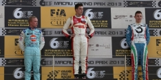 Lynn claims victory in qualification race