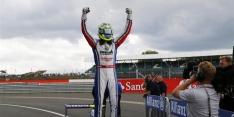 Eriksson beats Lynn to triumph at Silverstone