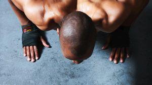 Keine Geräte - nur Sie und Ihre Muskelkraft.