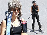 52016747 Actress Kate Hudson is spotted hitting the slopes while on vacation in Vail, Colorado on April 7, 2016. Kate is enjoying a mini vacation with her two sons Ryder and Bingham at the popular ski location. FameFlynet, Inc - Beverly Hills, CA, USA - +1 (310) 505-9876