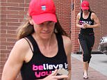 06.April.2016 - Beverly Hills Ò USA *** STRICTLY AVAILABLE FOR UK AND GERMANY USE ONLY *** Beverly Hills, CA - Hilary Swank runs from photographers while hiding her engagement ring after a visit to a nail salon in Beverly Hills. BYLINE MUST READ : AKM-GSI-XPOSURE ***UK CLIENTS - PICTURES CONTAINING CHILDREN PLEASE PIXELATE FACE PRIOR TO PUBLICATION *** *UK CLIENTS MUST CALL PRIOR TO TV OR ONLINE USAGE PLEASE TELEPHONE 0208 344 2007*