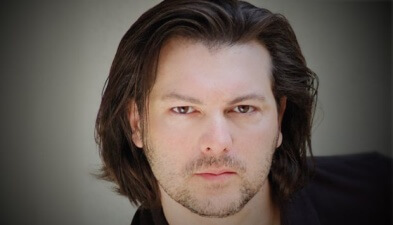 David Hayter Reprises Role of Solid Snake for New Ford Ad