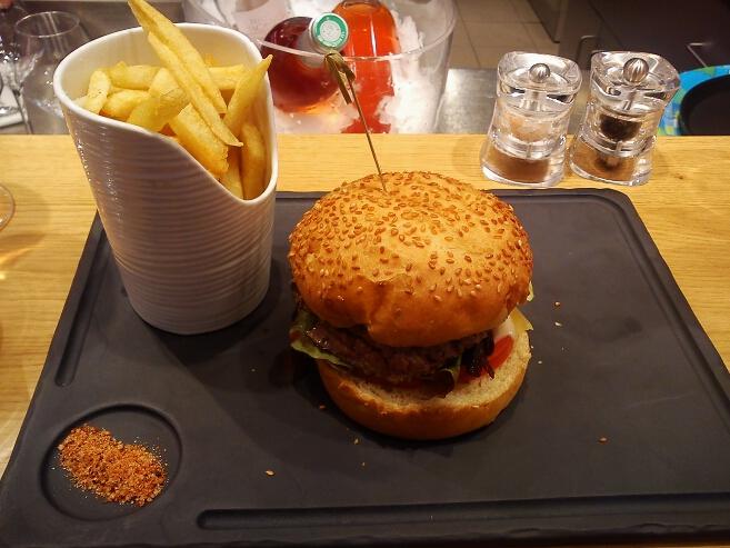 steak-point-bar-a-viande-lafayette-gourmet-burger-hamburger (5)