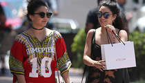 Vanessa Hudgens and Sister -- Who's Who? (PHOTO)