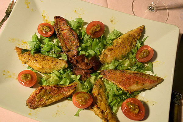 mixed-seafood-and-gizzards-salad-2