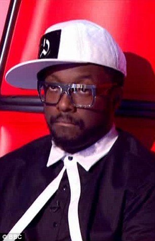 Team Ricky and Team will both had to whittle their teams down from seven to three on Sunday night's The Voice
