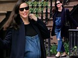 Pregnant Liv Tyler, wearing jean overalls and red lipstick, runs errands in New York City on April 28, 2016\n\nPictured: Liv Tyler\nRef: SPL1271927  280416  \nPicture by: Christopher Peterson/Splash News\n\nSplash News and Pictures\nLos Angeles: 310-821-2666\nNew York: 212-619-2666\nLondon: 870-934-2666\nphotodesk@splashnews.com\n