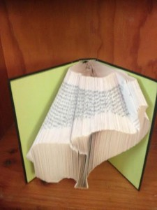 folded-book-art-elephant