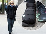 eURN: AD*204541547  Headline: Diane Sawyer Walks around with a Sandals and sneakers Caption: April 29, 2016: Diane Sawyer is seen walking in the upper  East Side with a Sandal and sneakers while heading home in New York City. Mandatory Credit: Elder Ordonez/INFphoto.com Ref: infusny-160 Photographer: infusny-160 Loaded on 29/04/2016 at 19:40 Copyright:  Provider: Elder Ordonez/INFphoto.com  Properties: RGB JPEG Image (21094K 684K 30.9:1) 2400w x 3000h at 300 x 300 dpi  Routing: DM News : GeneralFeed (Miscellaneous) DM Showbiz : SHOWBIZ (Miscellaneous) DM Online : Online Previews (Miscellaneous), CMS Out (Miscellaneous)  Parking:
