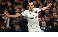 Zlatan says he'll stay at PSG under one ridiculous condition