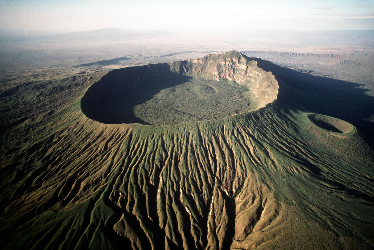 MT. LONGONOT NATIONAL PARK HIKING / ADVENTURES
