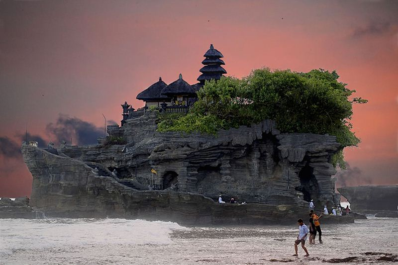 A sunset at Tanah Lot Sea temple, Bali