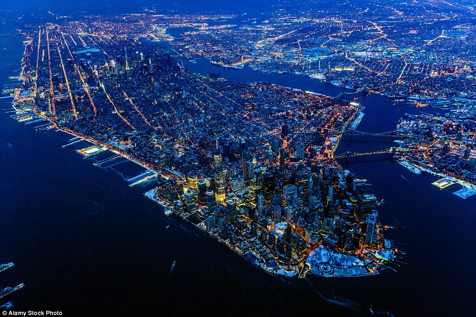 Manhattan is what most people think of when they talk about New York. The island is packed with high rises and skyrocketing rents have forced many to move to neighbouring areas