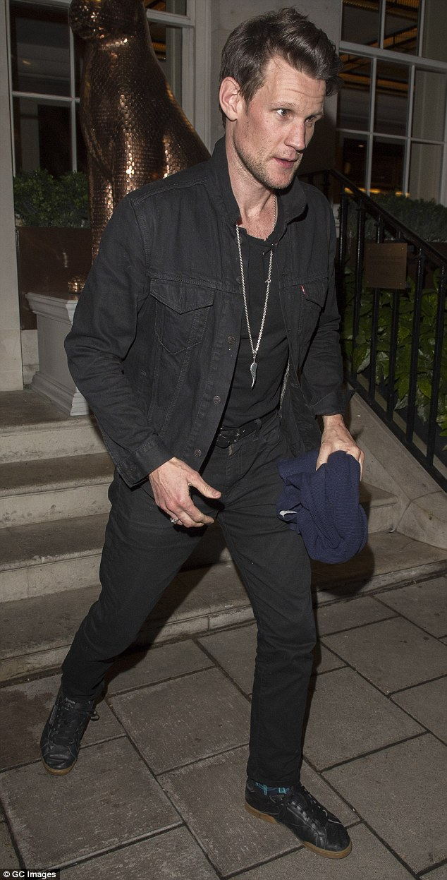 The Doctor Who star dressed in a black denim jacket and slim-cut jeans for a family meal