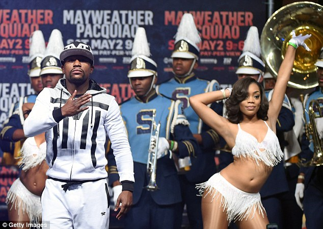 Floyd Mayweather's fight against Manny Pacquiao in Las Vegas will be shown for free in Mexico