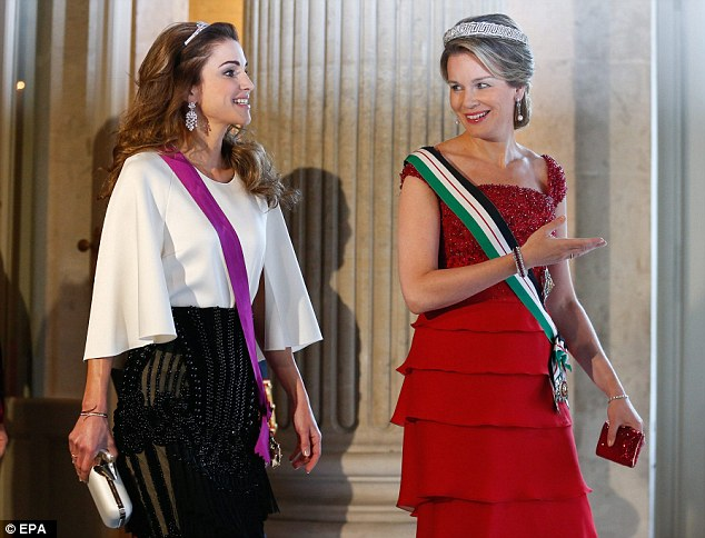 Later the glamorous pair arrived for a gala dinner in the Royal Palace in Brussels