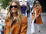 Mandatory Credit: Photo by Beretta/Sims/REX/Shutterstock (5695370m)\nElle MacPherson\nElle Macpherson out and about, London, Britain - 26 May 2016\n