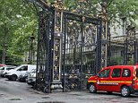 """parc-paris-splash-1.jpg A SAMU ambulance leaves a building requisitioned to treat injured people, near the site of the accident at Parc Monceau in Paris, on May 28, 2016, after eleven people including 10 children were struck by lightning in the park. """"There are currently 11 injured unfortunately, 10 children and an adult who was accompanying them,"""" Vincent Baladi of the local authority told iTELE television, saying they had been """"struck by lightning"""" at Parc Monceau in the city's northwest. AFP PHOTO / MATTHIEU ALEXANDREMATTHIEU ALEXANDRE/AFP/Getty Images"""