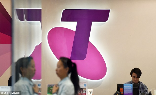 Telstra customers say they still have no internet access four days after the telco's network failure - but the company claims the issue has been resolved
