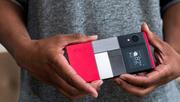 اختر ما يحلو لك من القطع وشكّل هاتفك الذكي المفضّل من