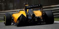 Pirelli: FP1 incidents 'not tyre related'