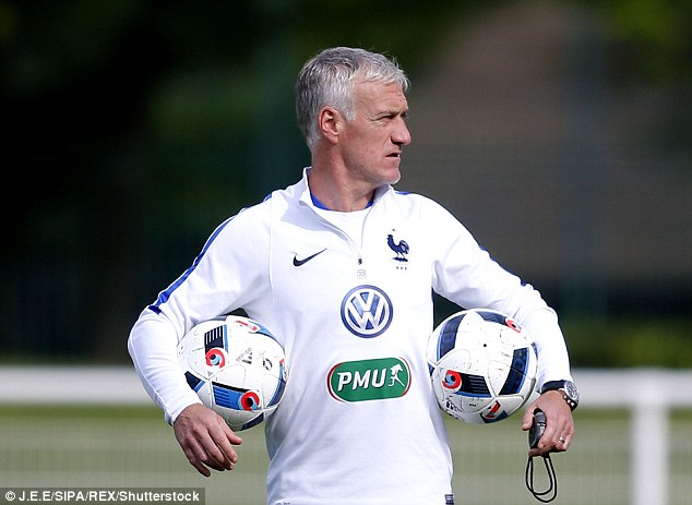 France national team boss Didier Deschamps had no choice but to leave Sakho out of his plans