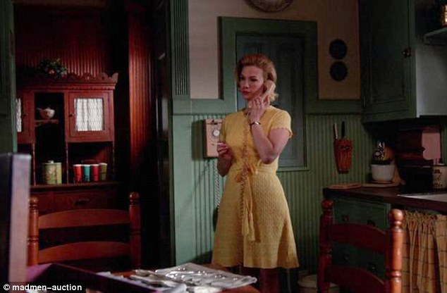 Another one of the lots up for sale is the 1960s-style phone used by character Betty Francis in her kitchen