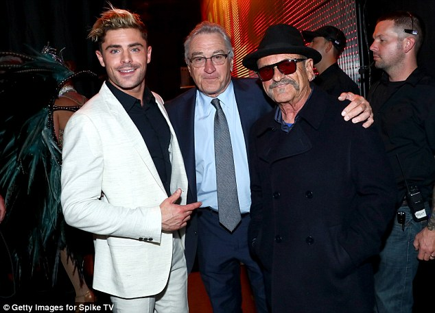 Learning from the best: Zac Efron posed with legends Robert De Niro and Joe Pesci