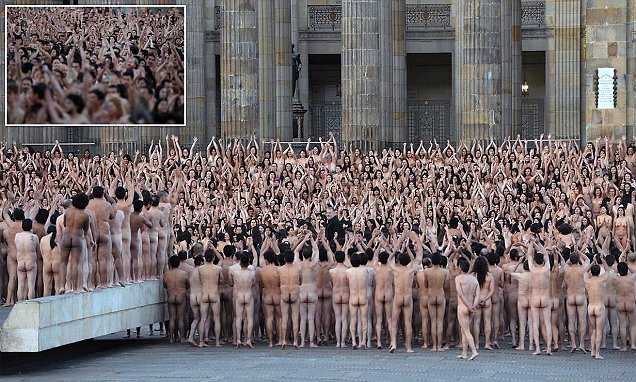 Colombians pose naked in Bogota for US photographer Spencer Tunick's latest installation