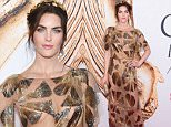 Hilary Rhoda arrives at the CFDA Fashion Awards at the Hammerstein Ballroom on Monday, June 6, 2016, in New York. (Photo by Evan Agostini/Invision/AP)