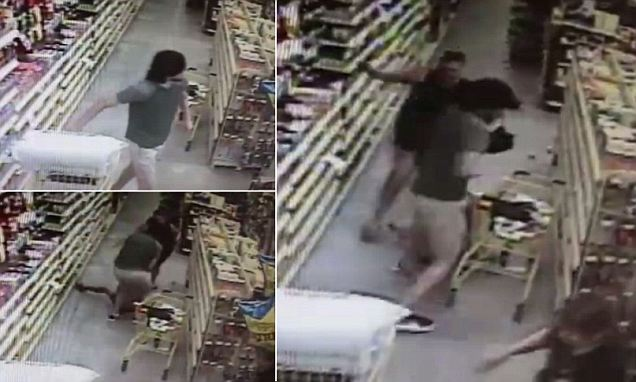 Video of Florida man 'trying to abduct girl' before heroic mother stops him