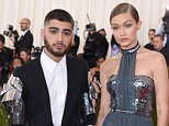 """NEW YORK, NY - MAY 02:  Zayn Malik and Gigi Hadid arrive for the """"Manus x Machina: Fashion In An Age Of Technology"""" Costume Institute Gala at Metropolitan Museum of Art on May 2, 2016 in New York City.  (Photo by Karwai Tang/WireImage)"""