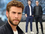 Mandatory Credit: Photo by Action Press/REX/Shutterstock (5725172h)\nLiam Hemsworth and Jeff Goldblum\n'Independence Day: Resurgence' photocall, Berlin, Germany - 09 Jun 2016\n