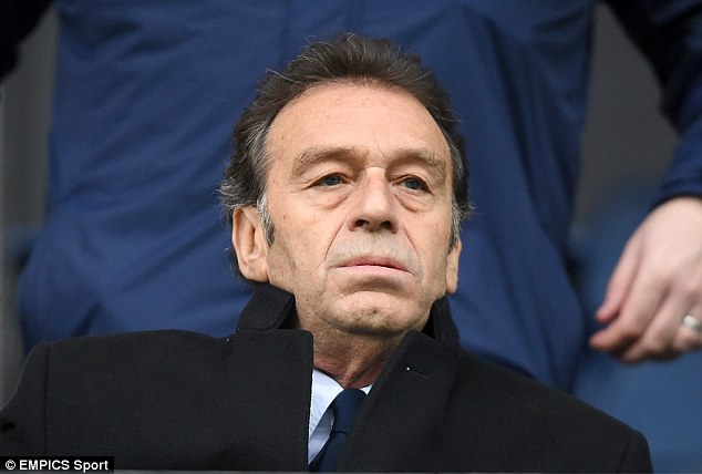 Massimo Cellino has seen Karl Robinson and Darrell Clarke turn down the opportunity to manage Leeds