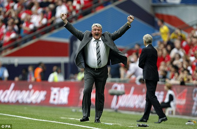 Perfect start: Hull boss Steve bruce was in dreamland after seeing his side go two goals up