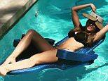 sofiavergara Following Pool time #hm #ilovesummer???????? 30.5k likes 21m sofiavergaraPool time #hm #ilovesummer????????