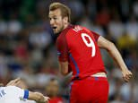 epa05380284 Harry Kane of England heads the ball  during the UEFA EURO 2016 group B preliminary round match between Slovakia and England at Stade Geoffroy Guichard in Saint-Etienne, France, 20 June 2016.   (RESTRICTIONS APPLY: For editorial news reporting purposes only. Not used for commercial or marketing purposes without prior written approval of UEFA. Images must appear as still images and must not emulate match action video footage. Photographs published in online publications (whether via the Internet or otherwise) shall have an interval of at least 20 seconds between the posting.)  EPA/YURI KOCHETKOV   EDITORIAL USE ONLY