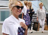 Exclusive... 52102457 Former 'Baywatch' actress Pamela Anderson enjoys a day of sight-seeing with her mom Carol and niece in Vancouver, Canada on June 23, 2016. Pamela is in town promoting her new wine collection, 'Contempt.' FameFlynet, Inc - Beverly Hills, CA, USA - +1 (310) 505-9876