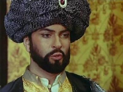 Анатолий Хостикоев исполнил роль султана Сулеймана