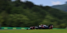 Button pleased with McLaren points return
