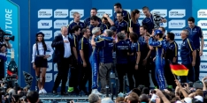 Buemi wins title with fastest lap in finale